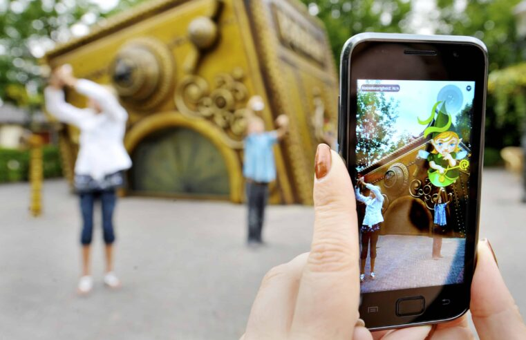 Mobile Augmented Reality to Become Part of our Everyday Life