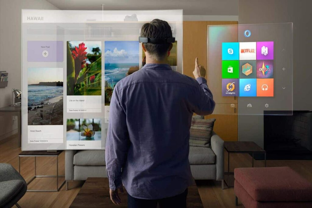Microsoft HoloLens V1 Developer Edition - Using Skype