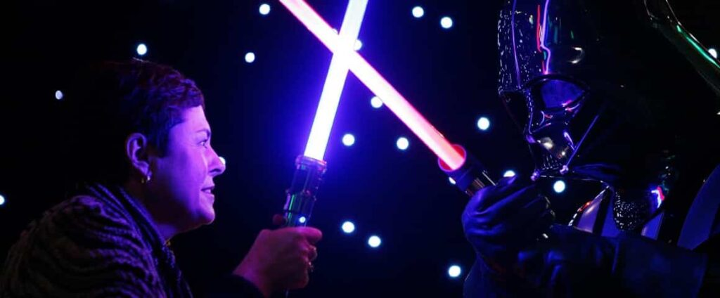 Until the Star Wars Virtual Reality movie appears, we have to enjoy Star Wars in the real world.