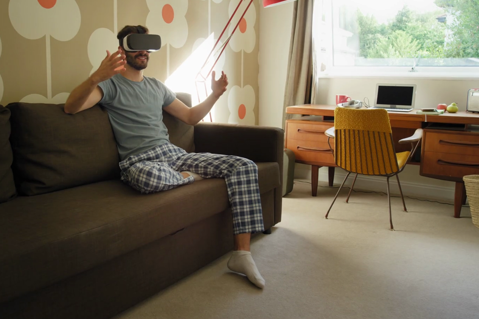 virtual reality glasses in-home use