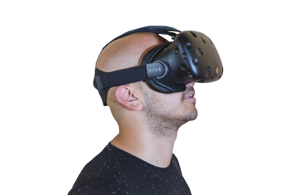 bald guy using Vr